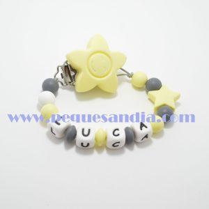 Chupetero de silicona en tonos amarillo y grises Pequesandia